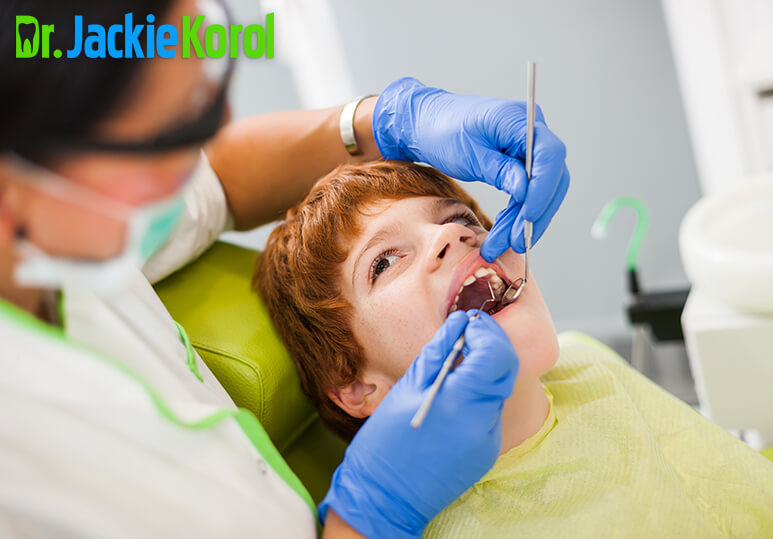 How Your Dentist Handles A Chipped Tooth